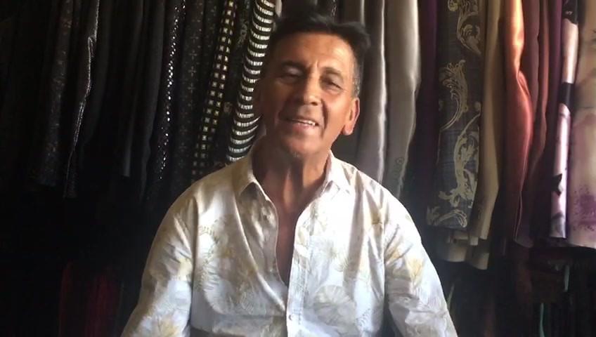 DISEÑADOR INTERNACIONAL RICARDO OYARZUN
