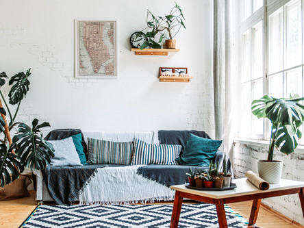 5 Easy Ways to Revamp Your Living Room On a Budget