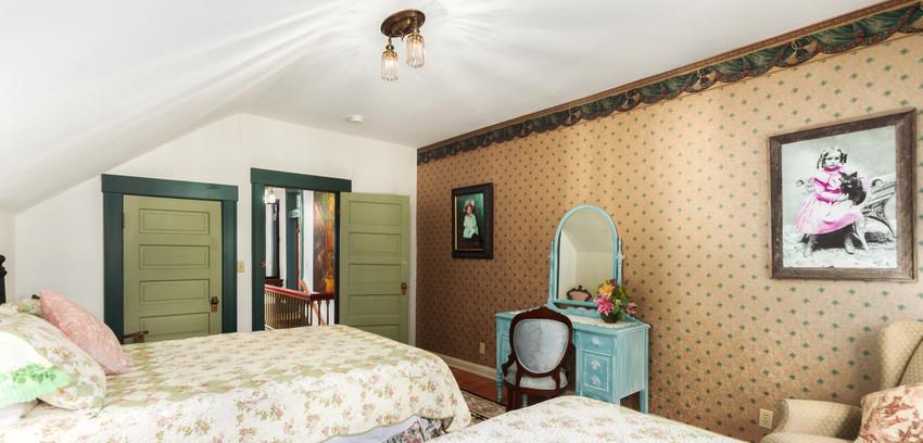 The Jade Room