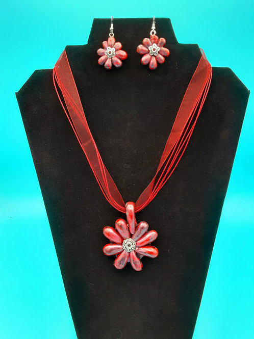 Reddish Starburst with Matching Earrings