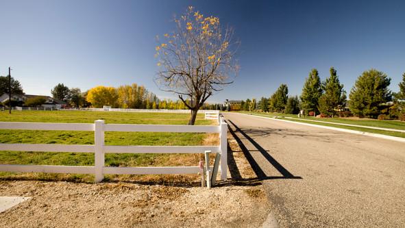 Vinyl 3 rail Ranch Fence.jpg