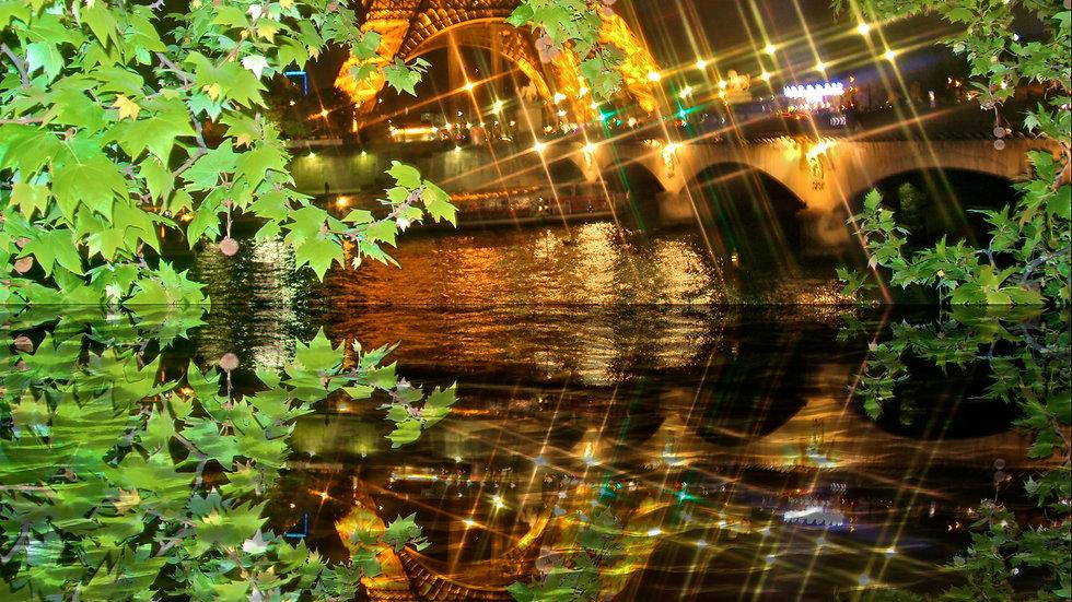 Paris Beauty Mirror