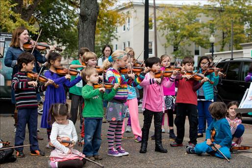 Cambridge Suzuki Violins Flashmob 201310