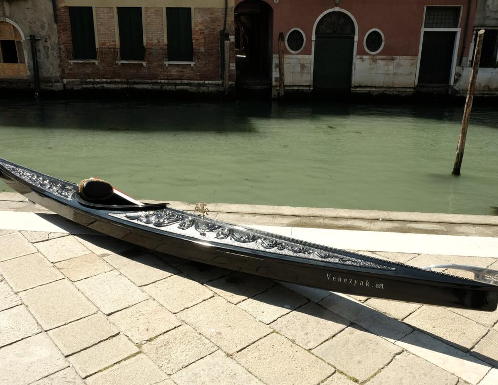 Diva in Venedig Gesamtansicht.JPG