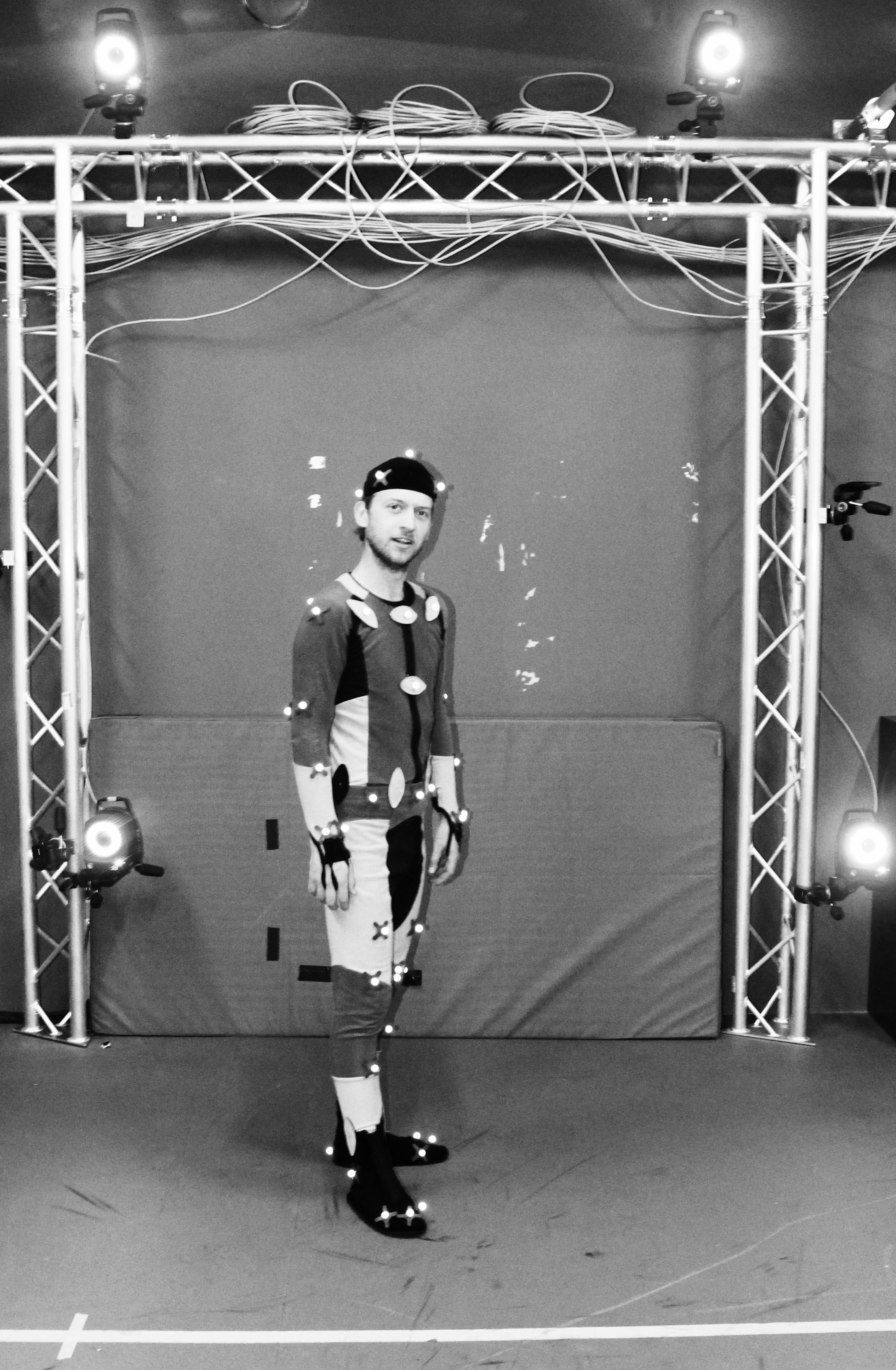 TOBIAS NIEROP MOTION CAPTURE