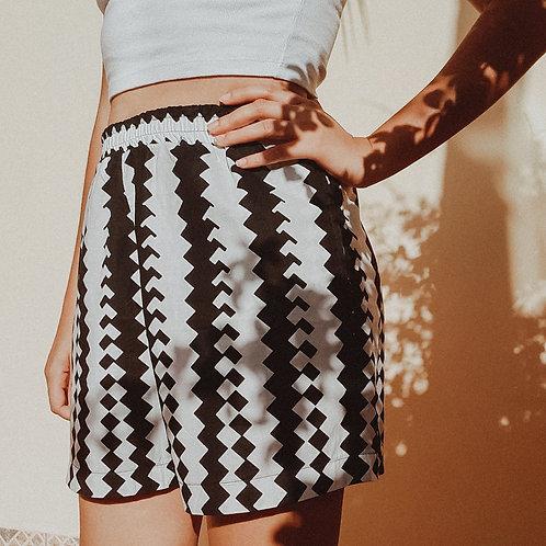 Shorts Preto e Branco