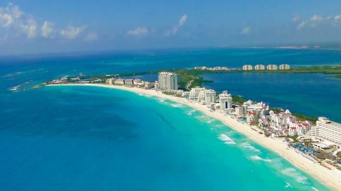 ¡Felices 48 años Cancún!