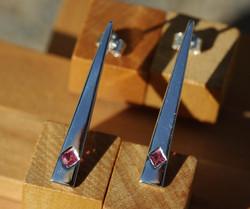 Obelisk Earrings w. Pink Tourmalines