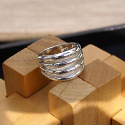 Four Fork Ring