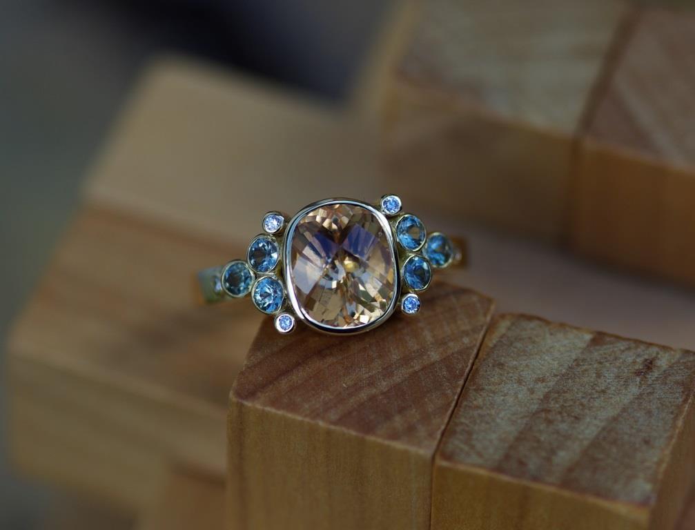 Symmetrical Ring