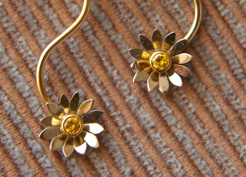 Daisy Chain Earrings
