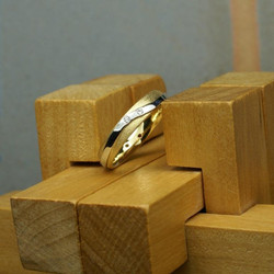 Band with Wave and Diamonds