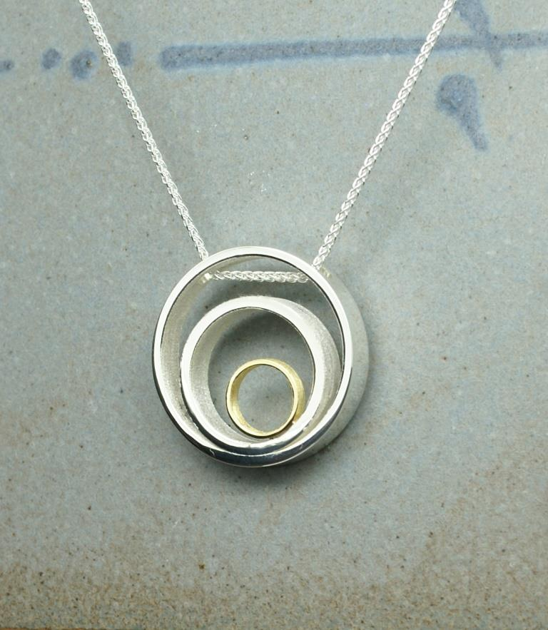 3 Circle & Dot pendant