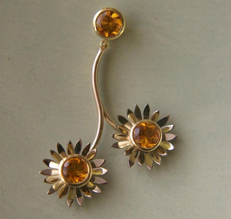 Daisy Chain Pendant w. 2 Stones