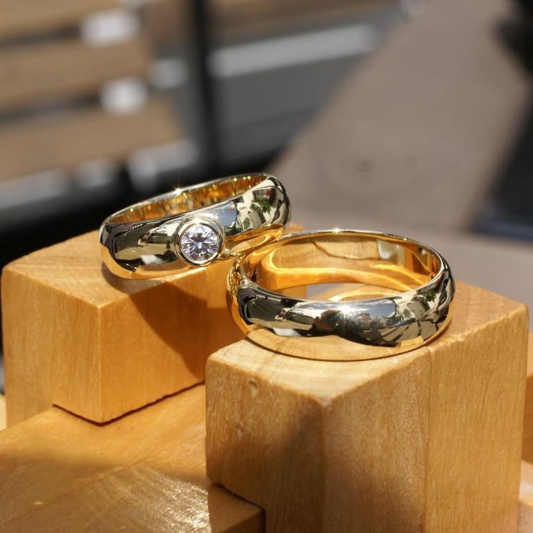 D-Shaped Wedding Rings