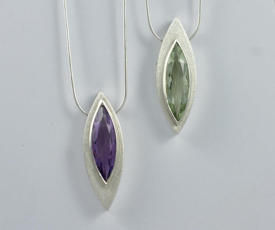 Pod pendants with Marquises