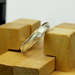 Charlie ring w. band & Diamond