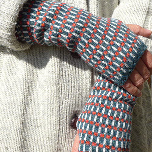 GRID - OSLO - knitted fingerless mittens