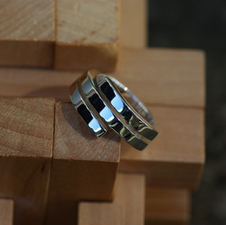 Silver Double Cross-over ring