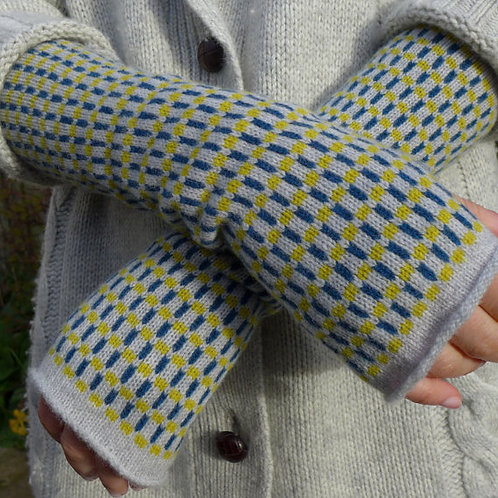 GRID - BOCA - knitted fingerless mittens