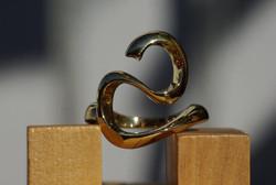 Swirly Woodknot Ring