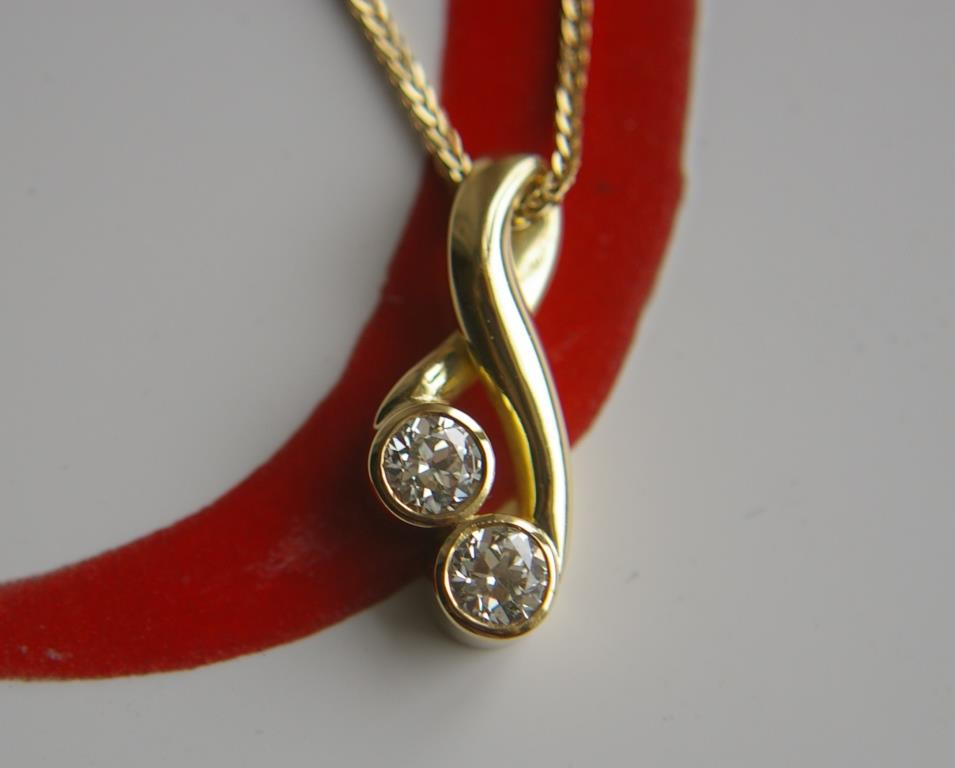 18ct Gold and 2 Diamond Pendant