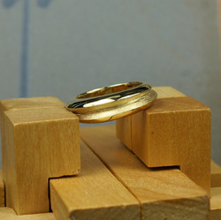 18ct Gold Double Ring