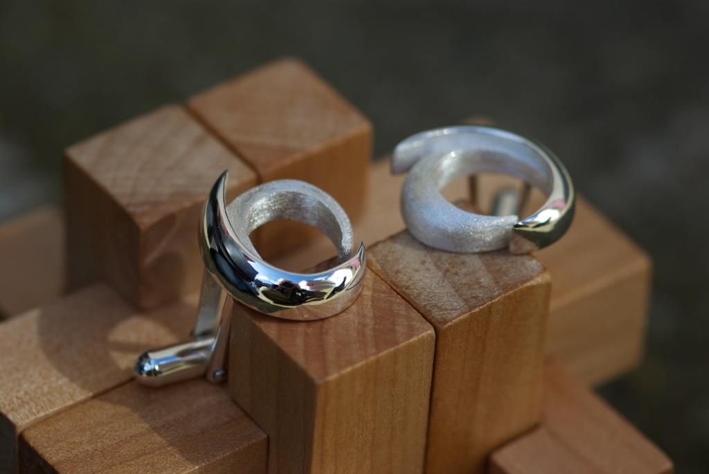 Rounded Woodknow Cufflinks