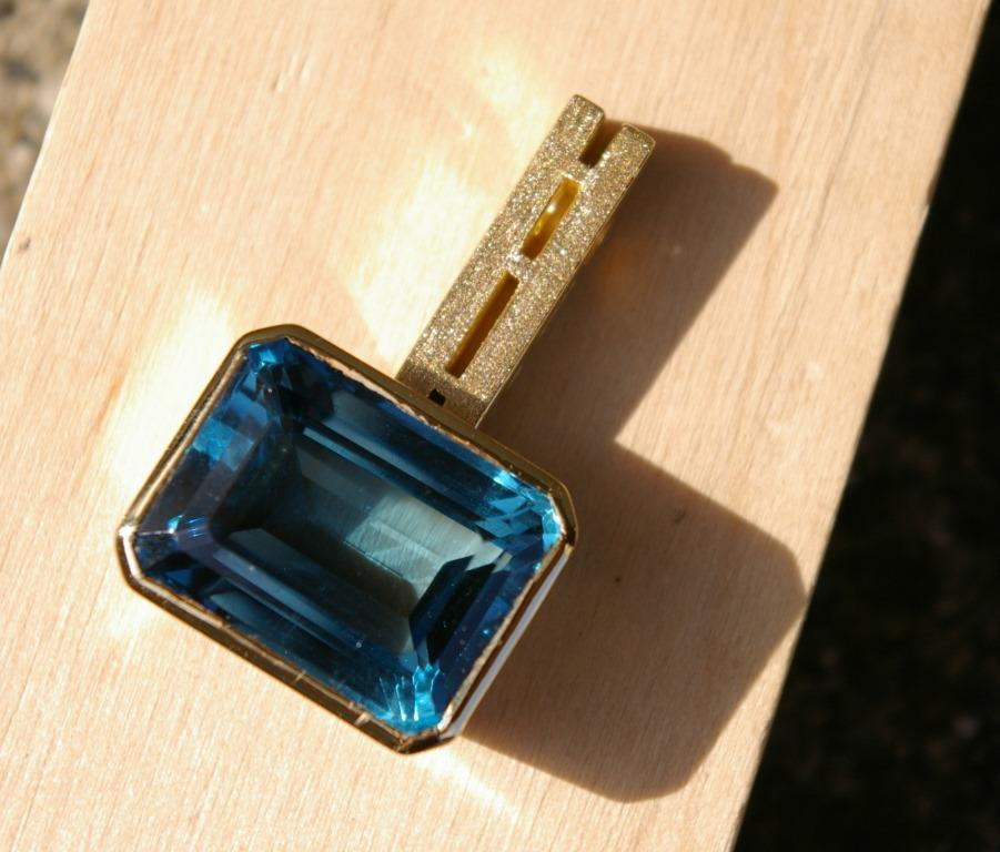 Blue Topaz Emerald Cut Ladder Pend.