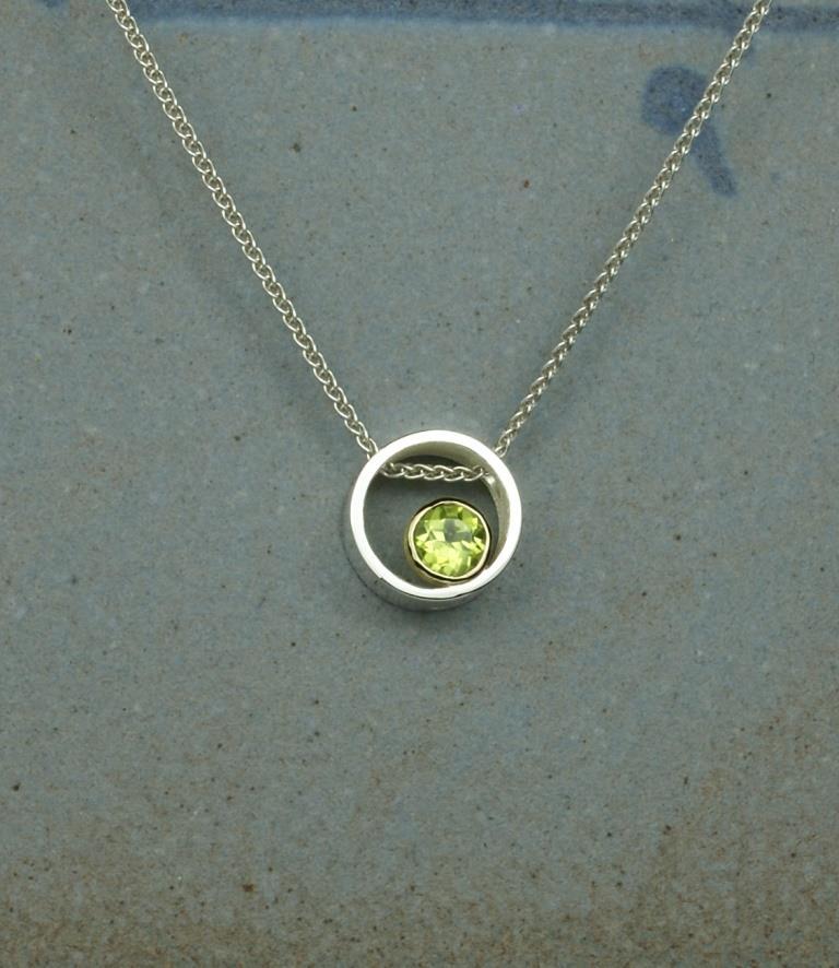 Circle & Dot Pendant with Peridot