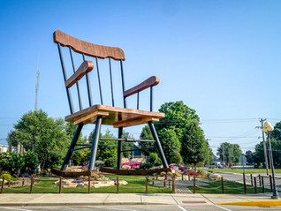 """Casey, Illinois: a """"gigantic"""" good time in this small town"""