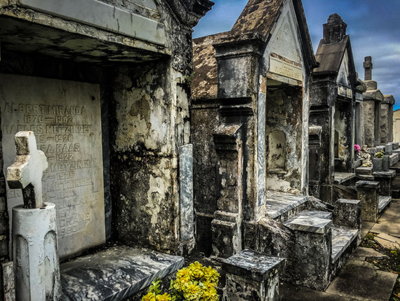 new orleans cemetery-1.jpg
