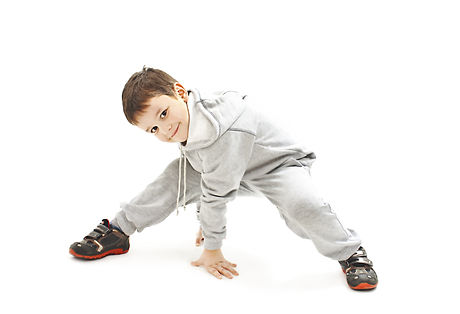 Little cool hip-hop boy in dance. Isolat