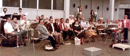 JeffBandLakesideAirportt1984.jpg