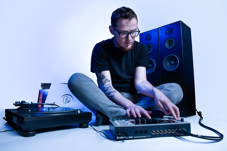 DJ OnE EaR