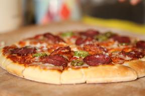 Pizza au pepperoni