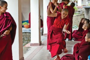 Tibetan nuns debating