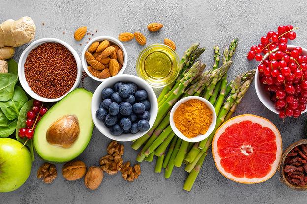 healthy-food-background-VBEUHG6-1024x683