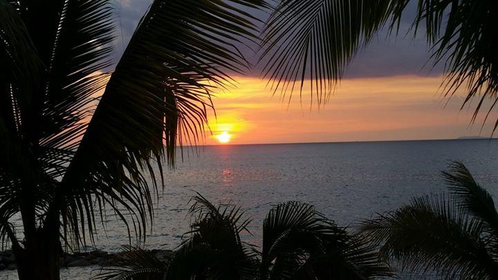 Hugs from beautiful Puerto Vallarta...sharing a sunset from the other coast..jpg