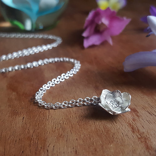 Delicate Flower Petals Silver Necklace