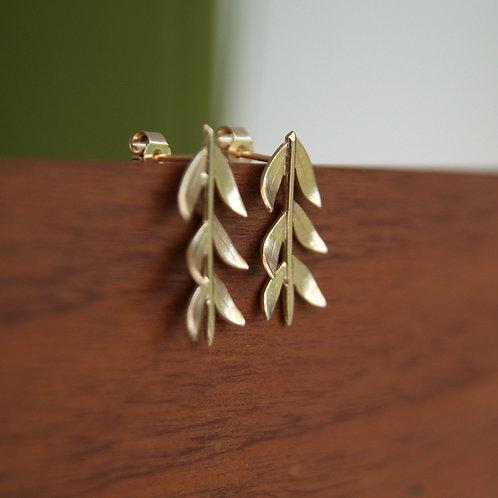 Gold branch earrings in 9ct gold