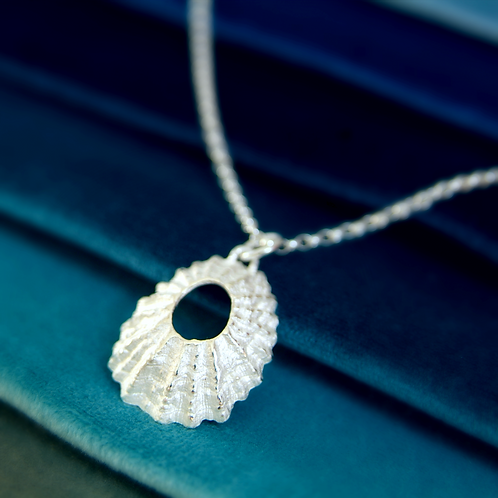 Limpet Necklace in Sterling Silver