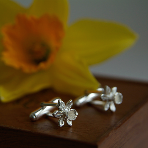Silver Daffodil Flower Cufflinks