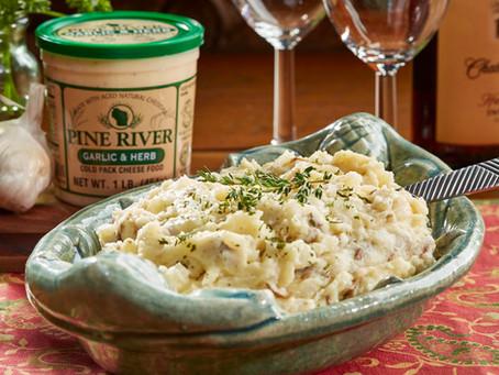 Garlic & Herb Cheesy Mashed Potatoes