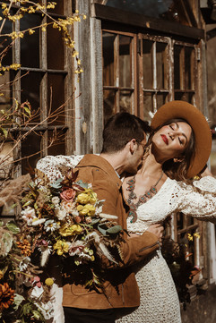 catskills-elopement-foxfire-mountain-house-70s-vibe-56_websize.jpg