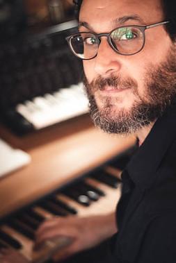 אלון כהן - מטפל במוזיקה