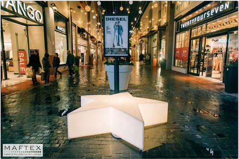 Lighting-Decorations-Mall-Hof.jpg
