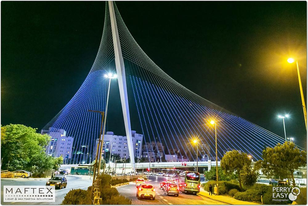 תאורת פיקסל לד לגשר