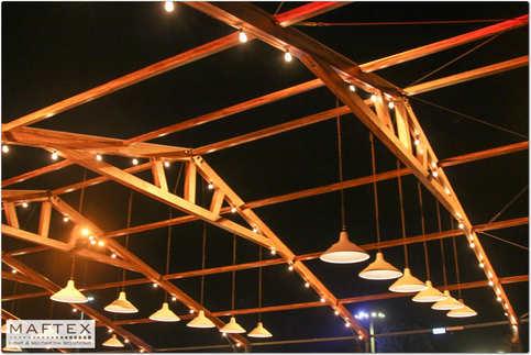 תאורה אדריכלית בגן אירועים