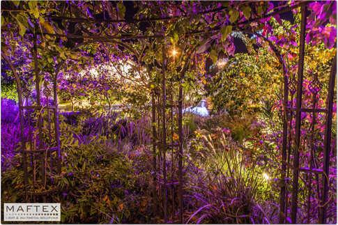 תאורה לגן אירועים